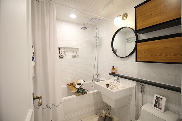 Soluciones fáciles para baños pequeños